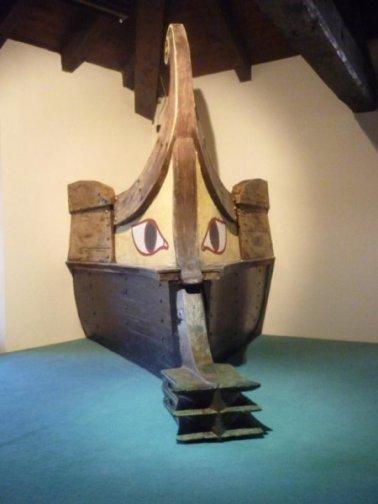 Etruscan warship